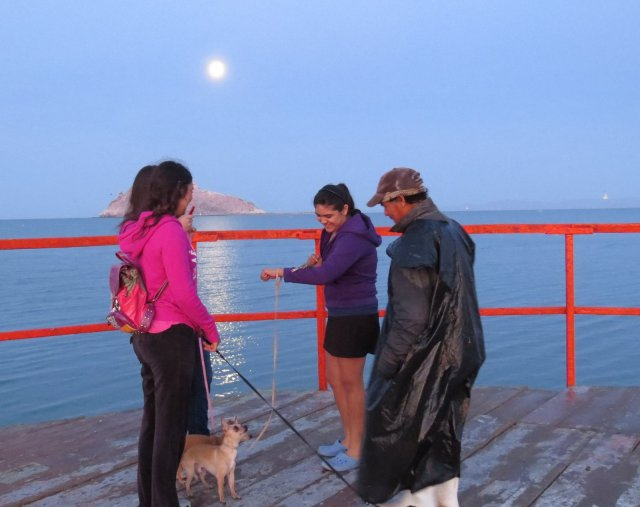 Fisherman and the Hermosillo teenagers.