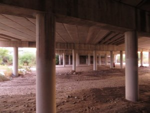 Under the Pantano Bridge